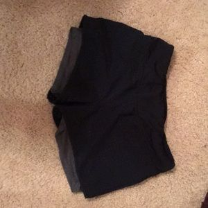 Mesh/spandex workout shorts